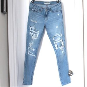 Levi's skinny ripped jeans